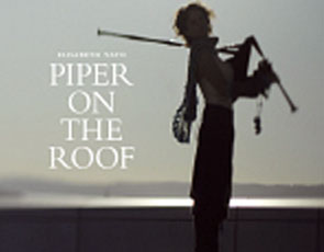 Elisabeth Vatn/Piper on the roof/Front (295x230)