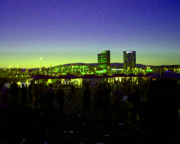 Øyafestivalen by night, 2003 (Foto: Kat Borgen) (200x160)